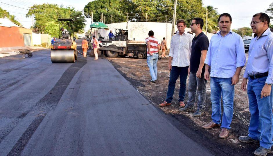 Promotoria constata que pavimentação de Edivaldo é apenas lama asfáltica