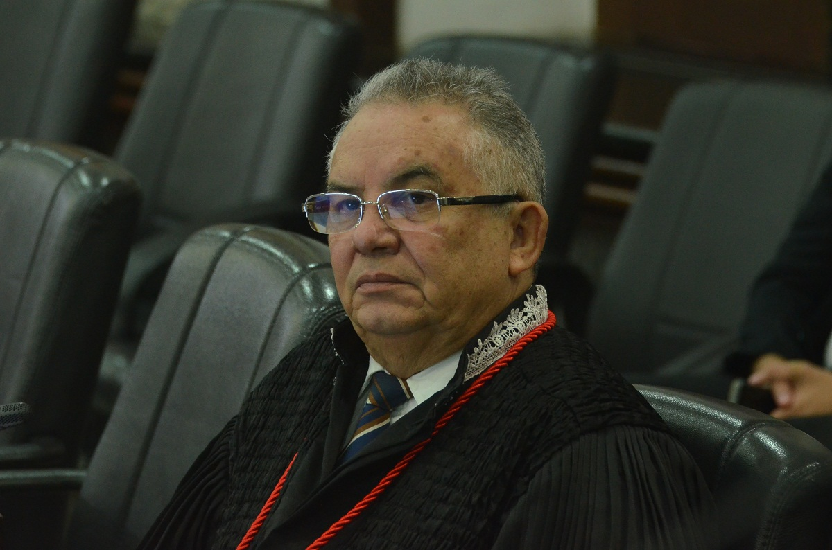 Marcelino recua e se declara incompetente para julgar MS sobre Hospital da Ilha