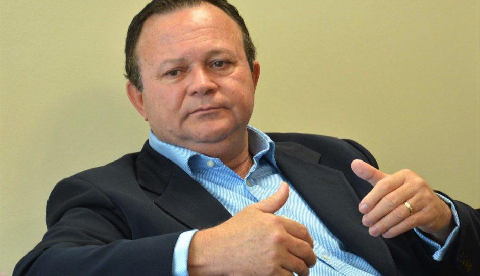 Carlos Brandão também tem candidatura impugnada no TRE