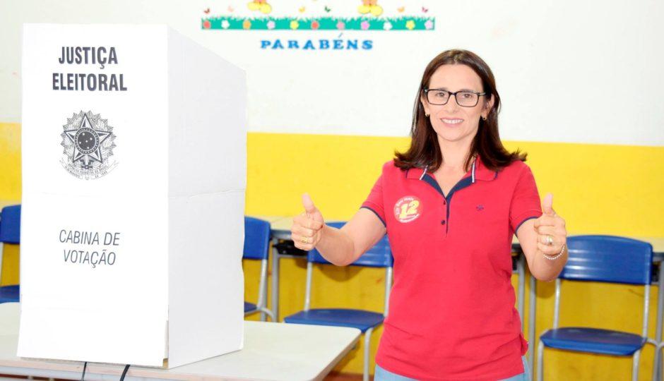 Promotoria denuncia Gilvana do Zé Mario por esquema no transporte escolar