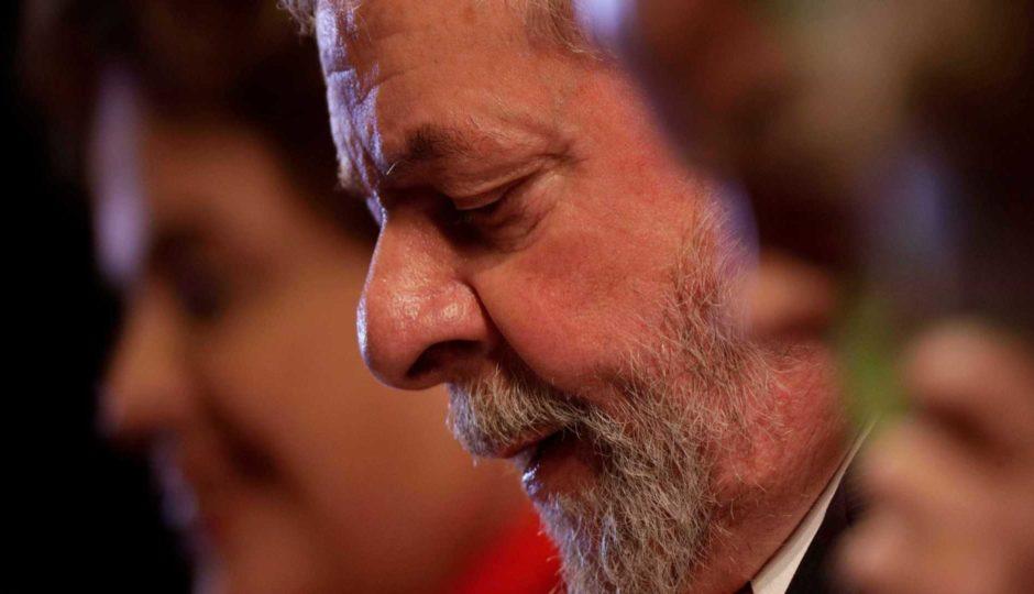 TSE barra candidatura de Lula e dá 10 dias para PT trocar candidato à Presidência