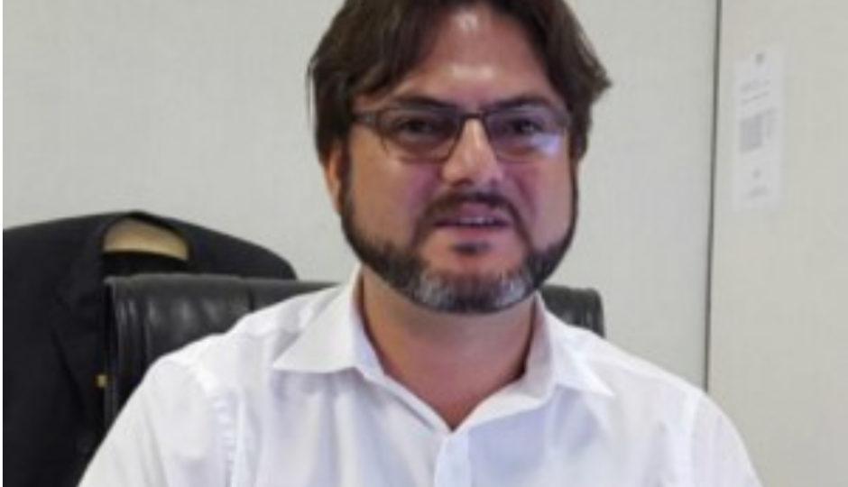 Promotoria abre investigação criminal contra Ricardo Gonçalves