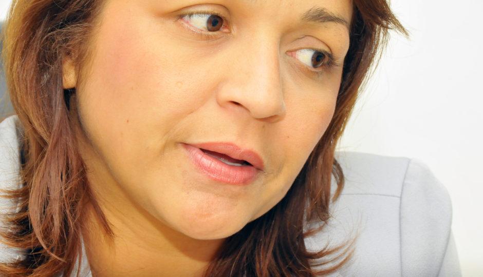 Silêncio sobre denúncias contra o marido fragiliza discurso de Eliziane a favor da mulher