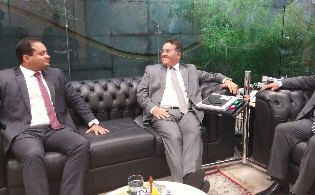 Piada de Roberto Rocha sobre Weverton e Carlos Lupi divide o STF