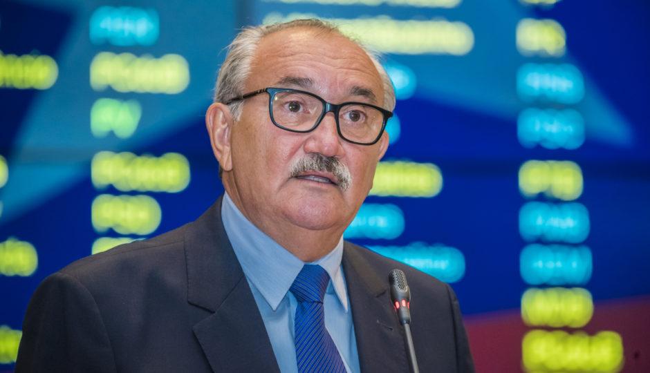 César Pires cobra de Dino esclarecimento sobre pagamento de aposentados em 2019