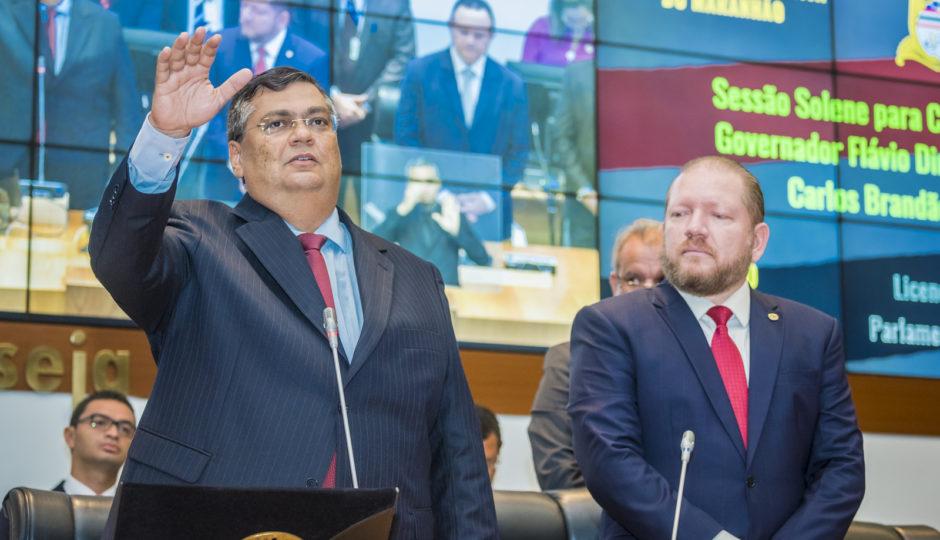 Mesmo fragilizado, Dino atropela Othelino e Alema em aprovação de PEC das emendas impositivas
