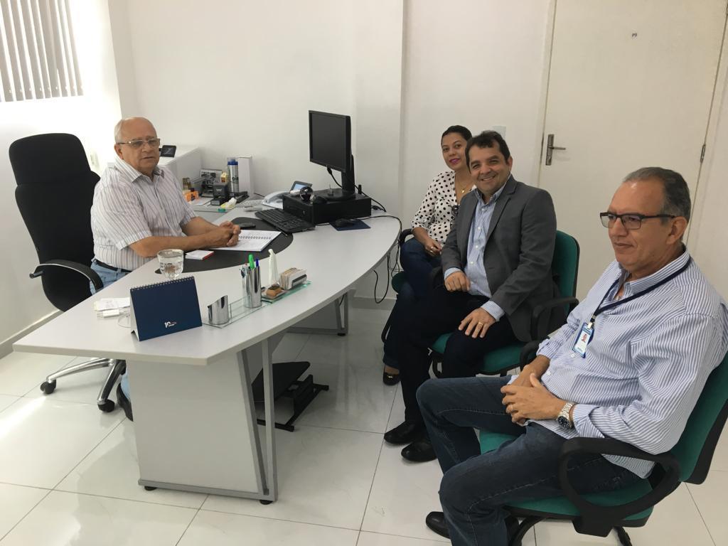 Hilton eFernanda Gonçalo estudam projeto de irrigação para Santa Rita e Bacabeira