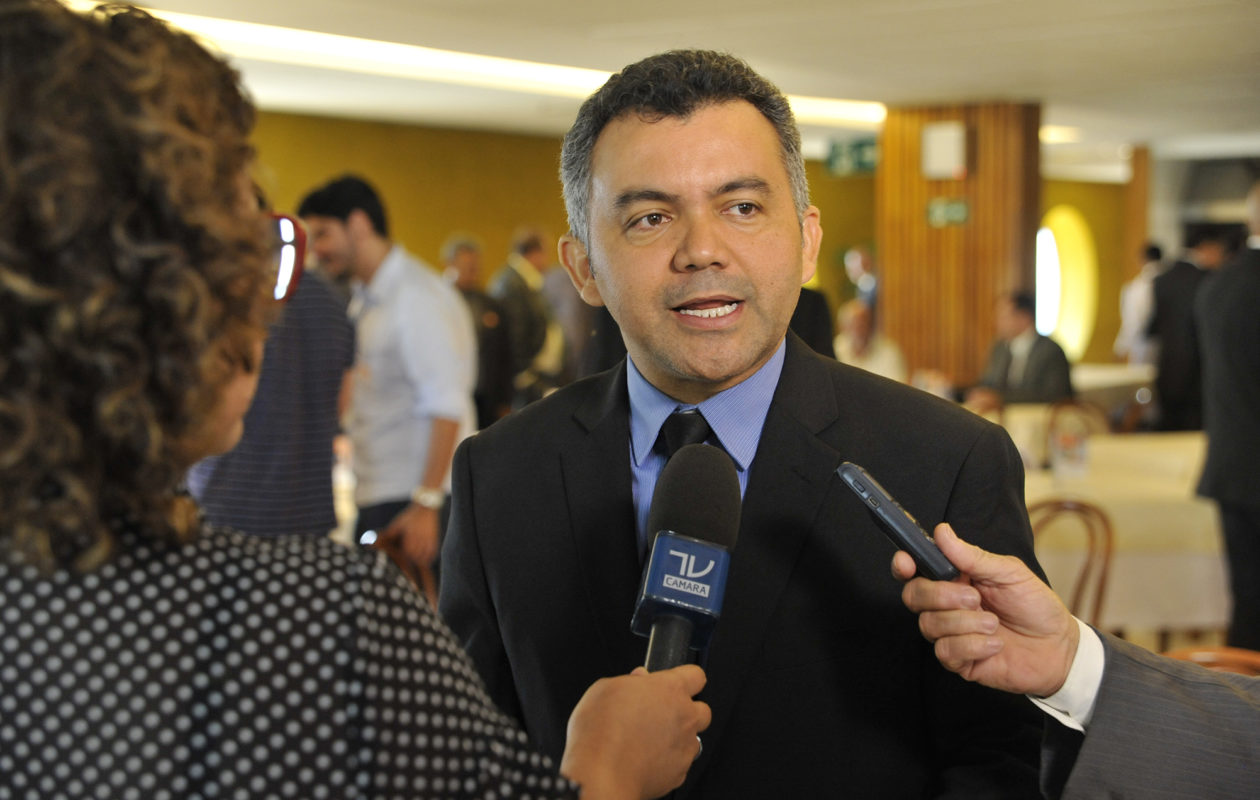JN identifica no Maranhão candidata laranja do partido de Cléber Verde