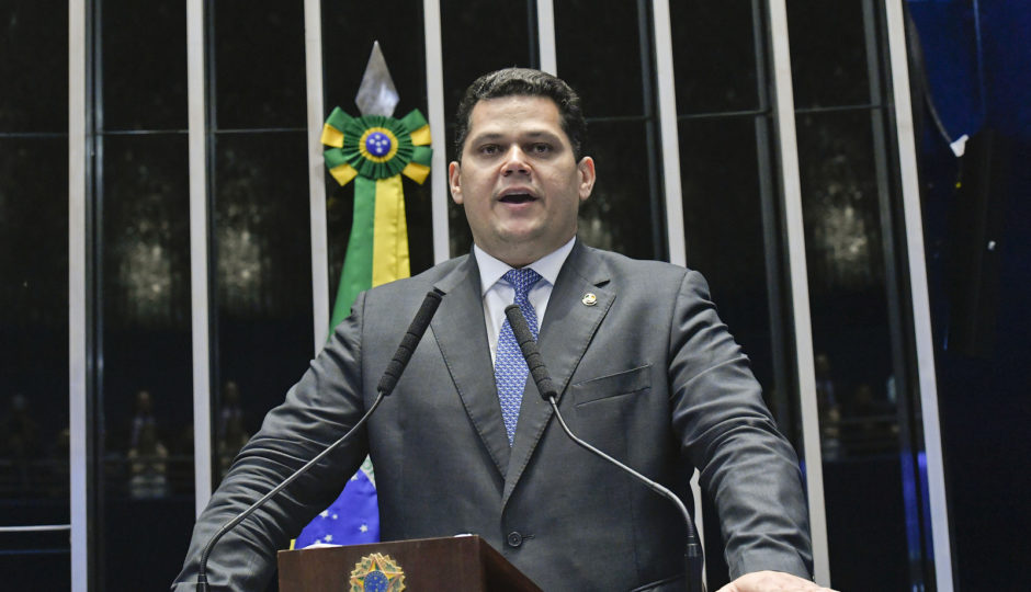 Davi Alcolumbre é eleito novo presidente do Senado Federal