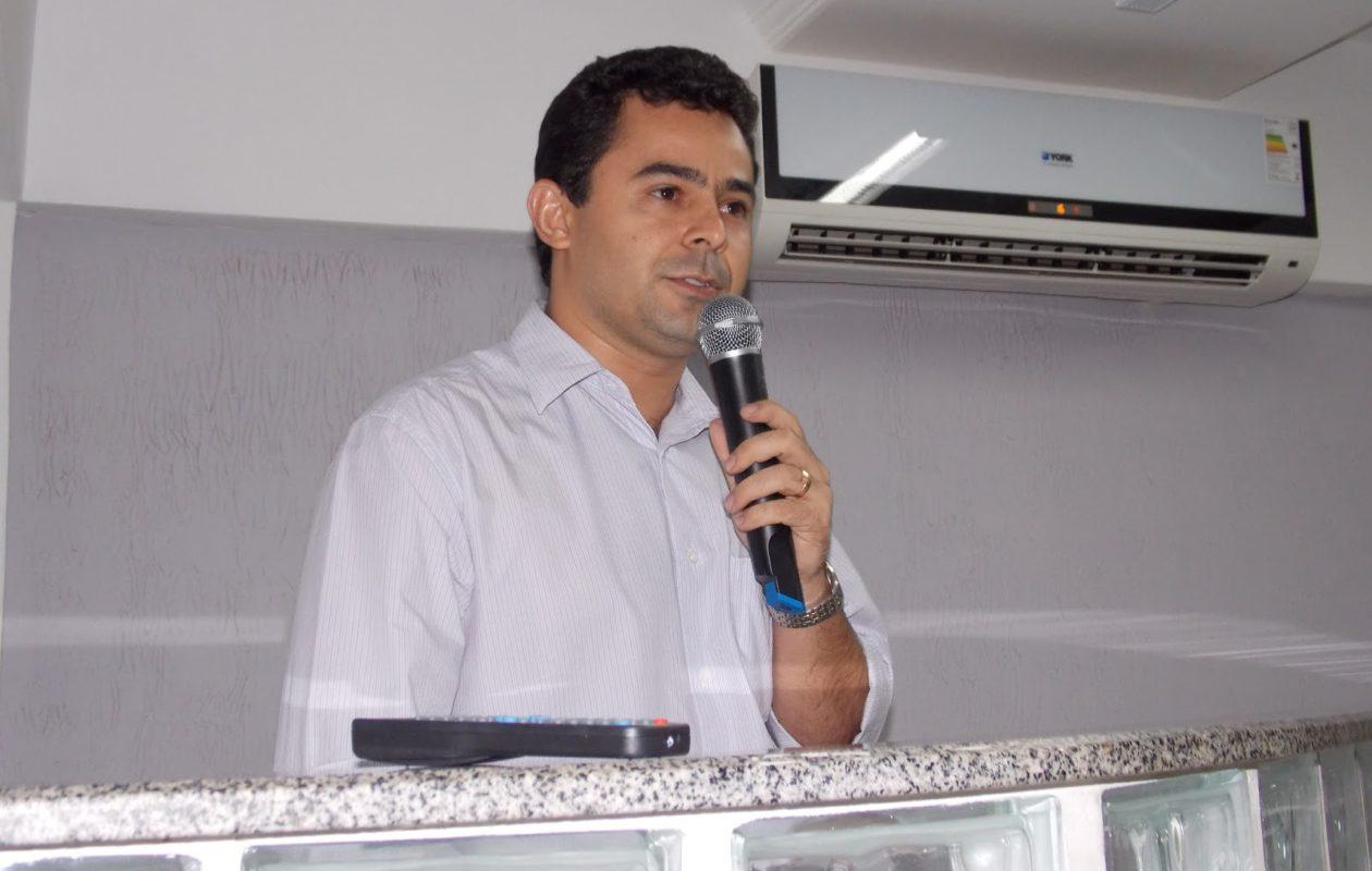 Justiça volta a decretar bloqueio de bens de Eric Costa