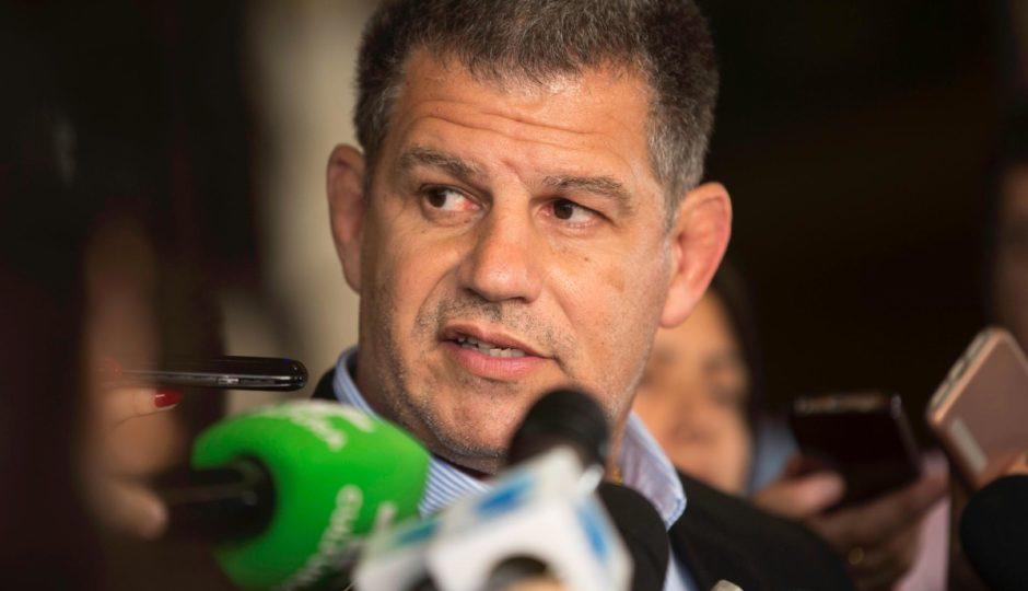 Bebianno cai após caso de candidaturas laranjas e embate com filho de Bolsonaro