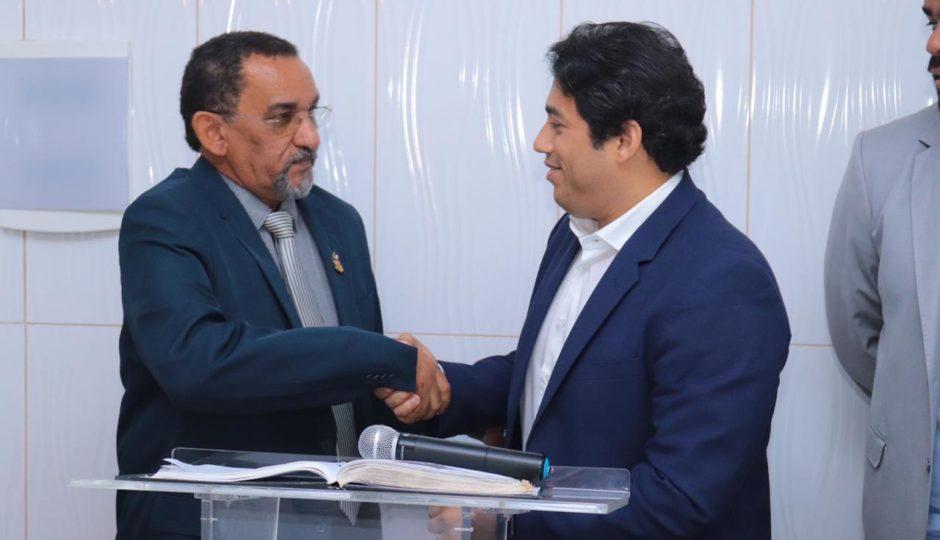 Joãozinho Freitas assume mandato na Câmara de São Luís