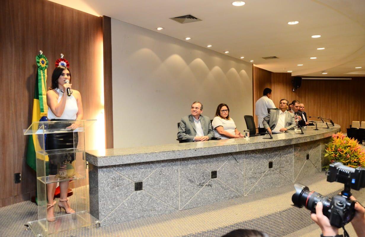 Lílian Guimarães assume STC com desafio de tornar governo transparente