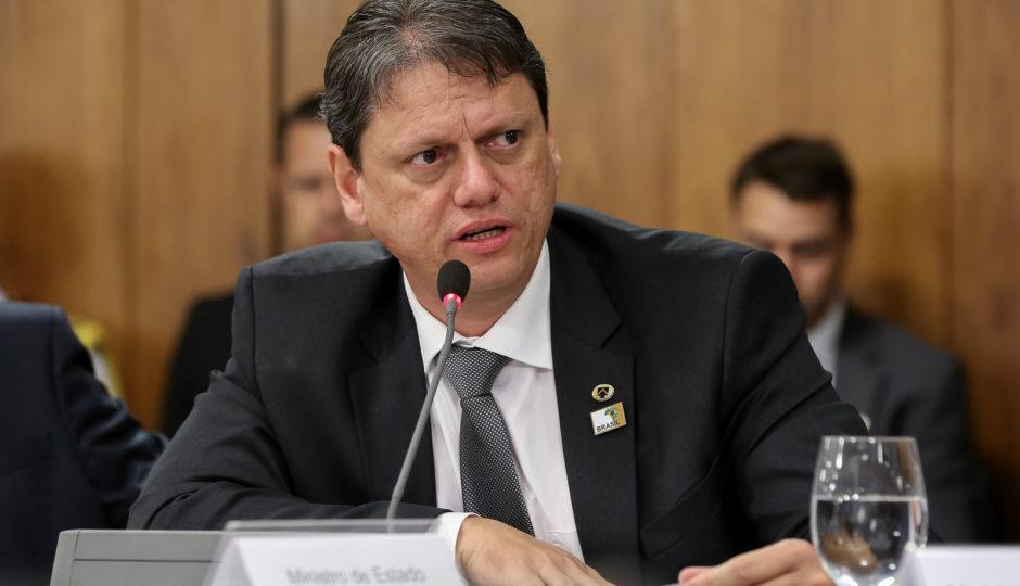 Ministro da Infraestrutura anuncia vistoria em obra de duplicação da BR-135