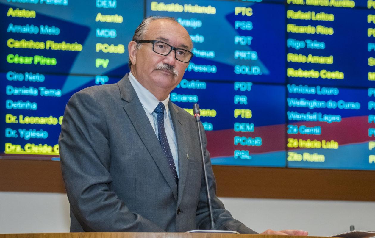 César Pires quer convocação de presidente do Iprev para esclarecer rombo no Fepa
