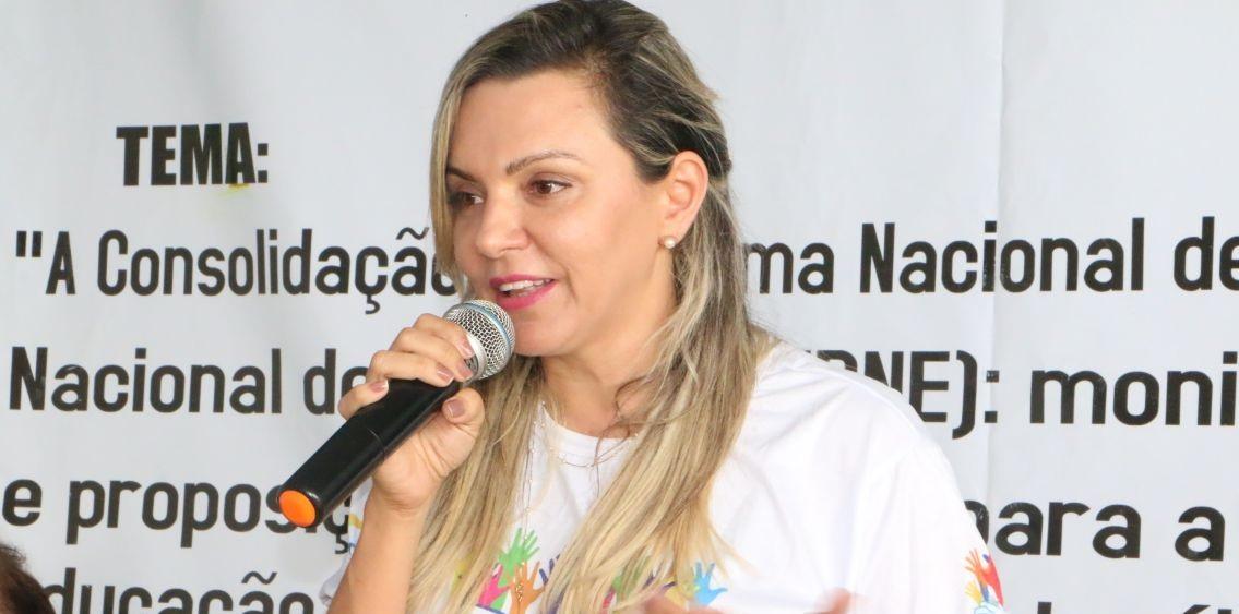 Em Monção, prefeitura acerta R$ 3,4 milhões em água mineral e refrigerantes