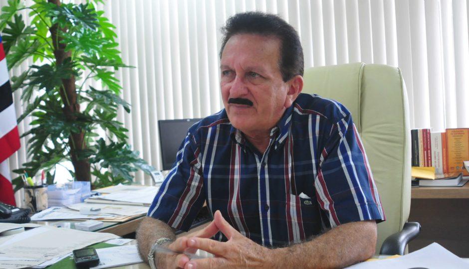 Envolvimento com política provoca debate no TCE sobre suspeição de Edmar Cutrim