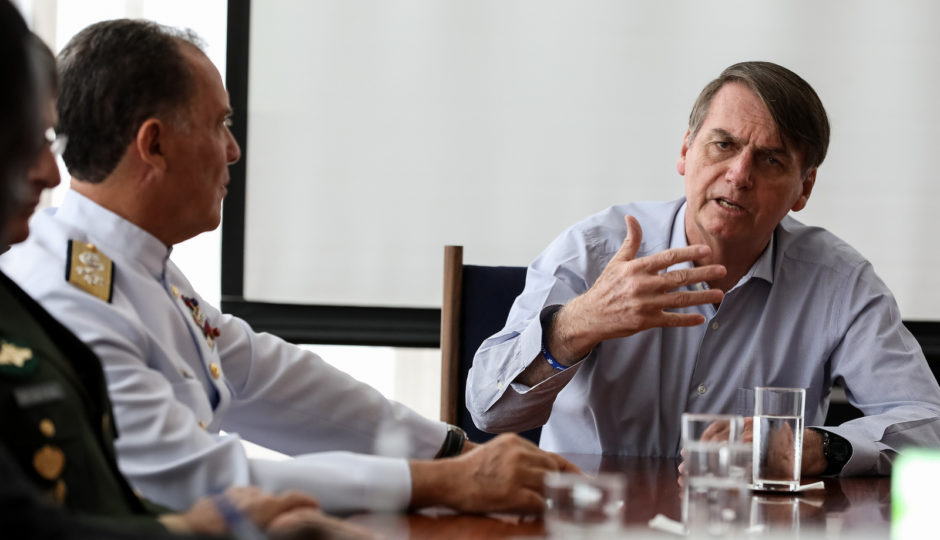 Jair Bolsonaro determina que militares celebrem golpe de 64