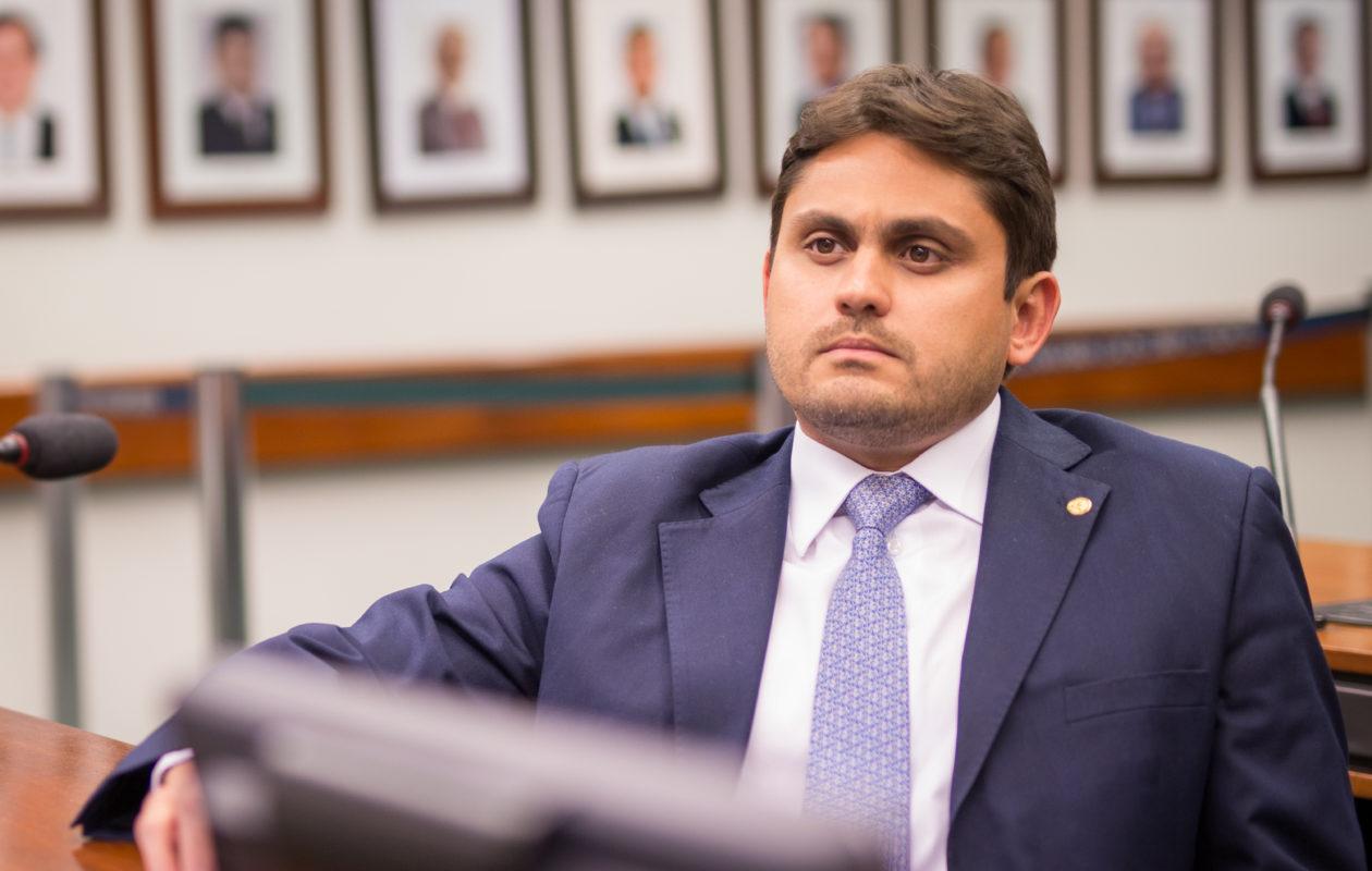 Juscelino Filho vai relatar projeto de Bolsonaro sobre mudanças no CTB
