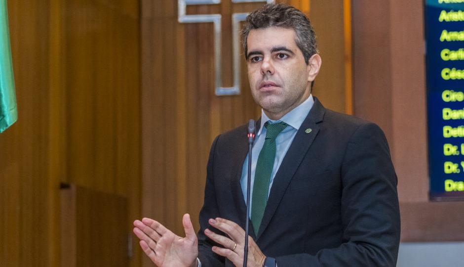 Adriano Sarney quer ampliar Bolsa Atleta para R$ 1 mil
