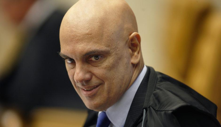 Moraes revoga decisão que censurou reportagens de Crusoé e O Antagonista