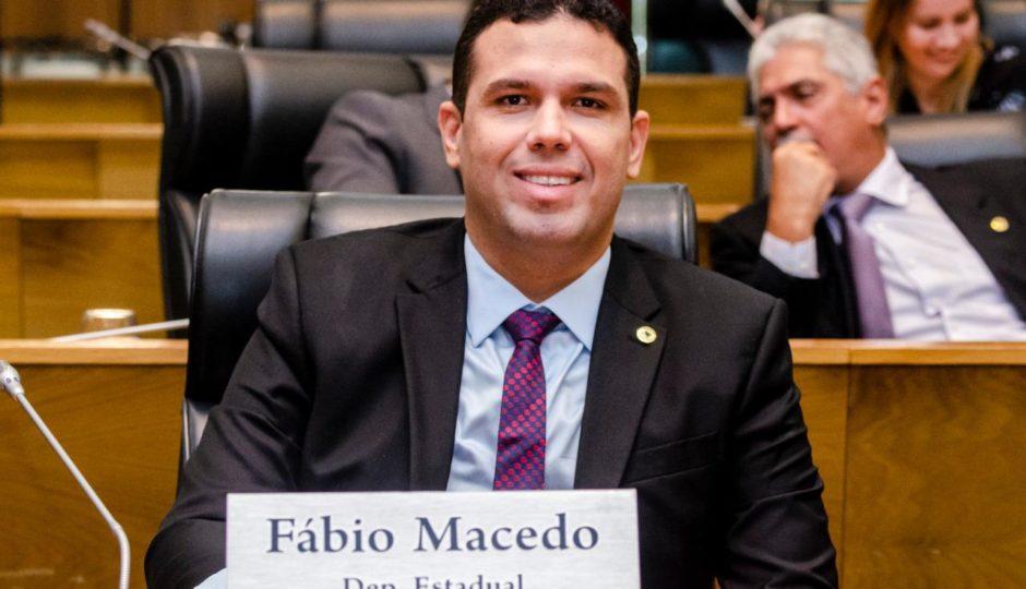 Fábio Macedo retoma atividades na Assembleia Legislativa