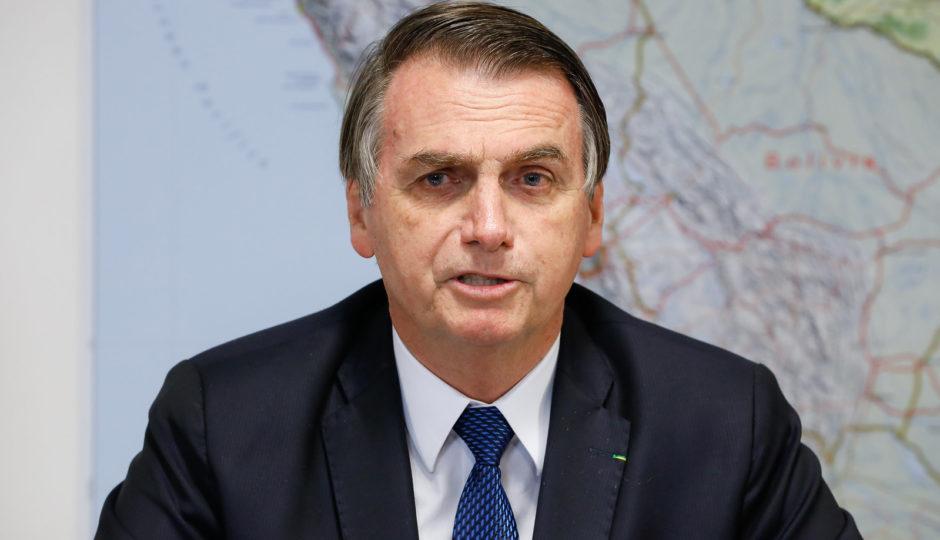 Bolsonaro anuncia 13º salário do Bolsa Família