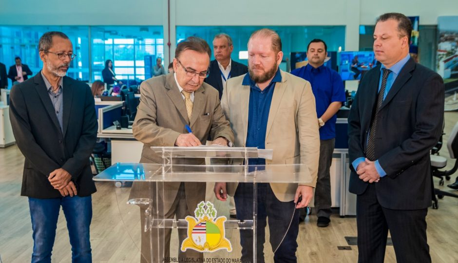 Alema e TCE firmam acordo para veiculação de programa na TV Assembleia