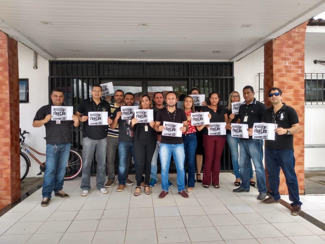 Auxiliares judiciários protestam contra extinção do cargo sem enquadramento na tabela de técnico