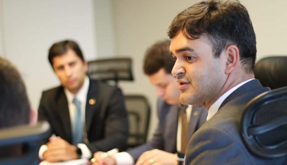 Rubens Júnior disputa com baixo clero do PCdoB unção eleitoral do partido