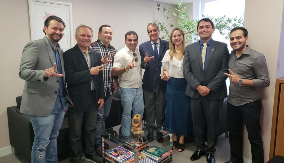 Bancada do PR silencia sobre investigações contra Josimar Maranhãozinho