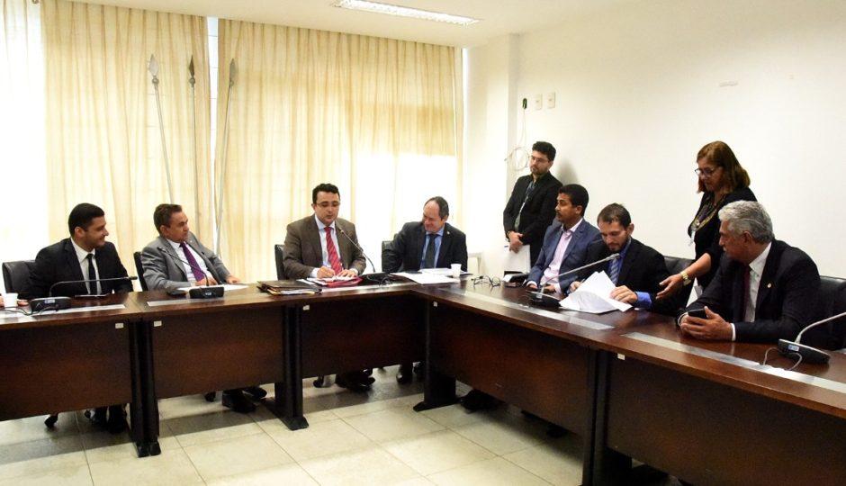 CCJ aprova pedido de empréstimo de R$ 623 milhões para pagamento de precatórios