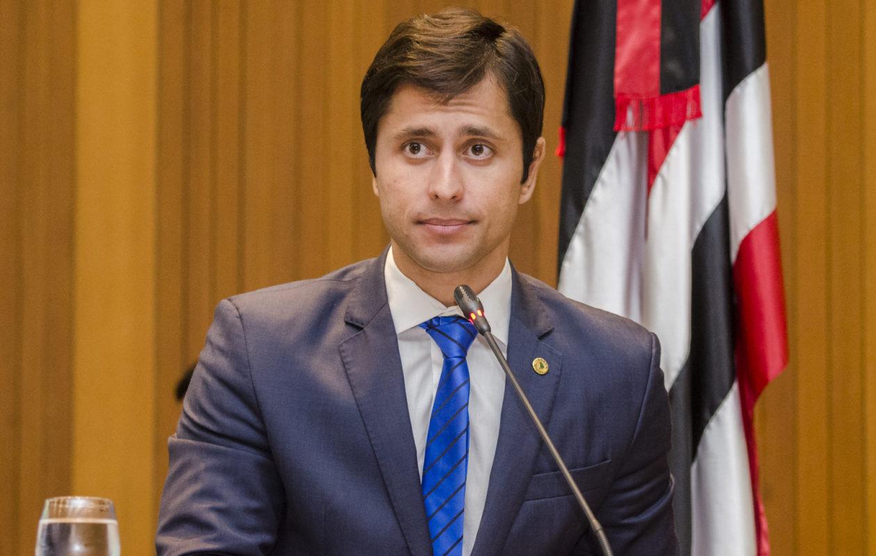 Procurador diz que Duarte Júnior quer retardar ação que pode cassar seu mandato