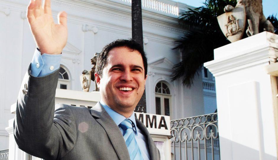 CMSL rejeita abertura de processo de impeachment de Edivaldo