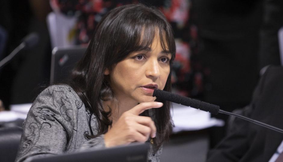 Eliziane quer garantir ao menos um terço de mulheres no Senado