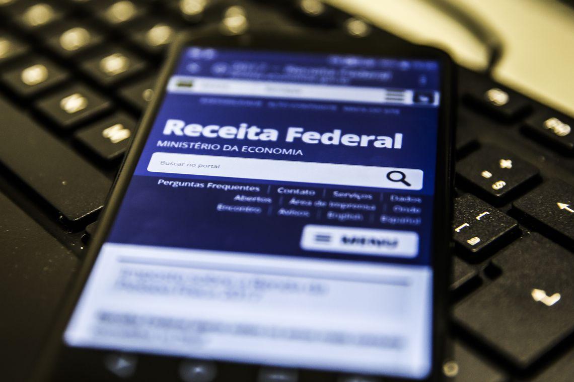 Recusa da Receita em prestar informações impede fiscalização de R$ 5,75 tri por ano