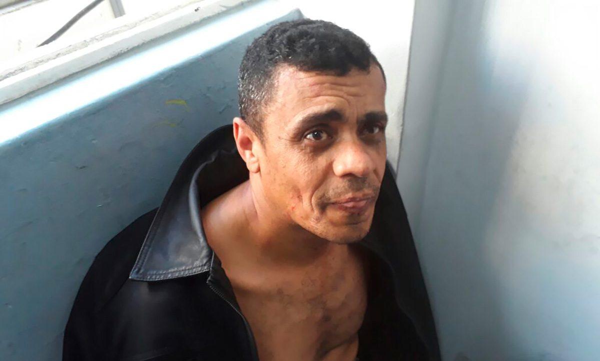 Juiz absolve Adélio Bispo de facada em Jair Bolsonaro