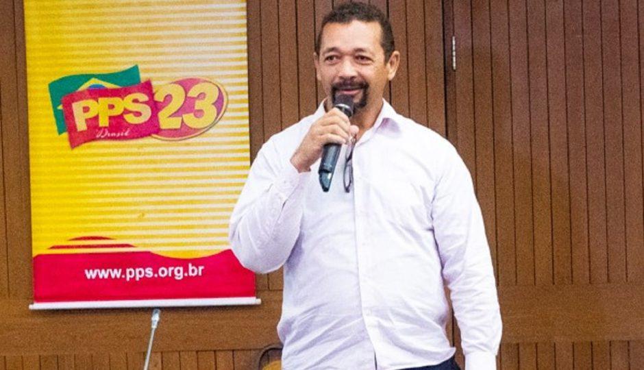 Sob Eliel Gama, Cidadania insinua independência ao grupo de Dino