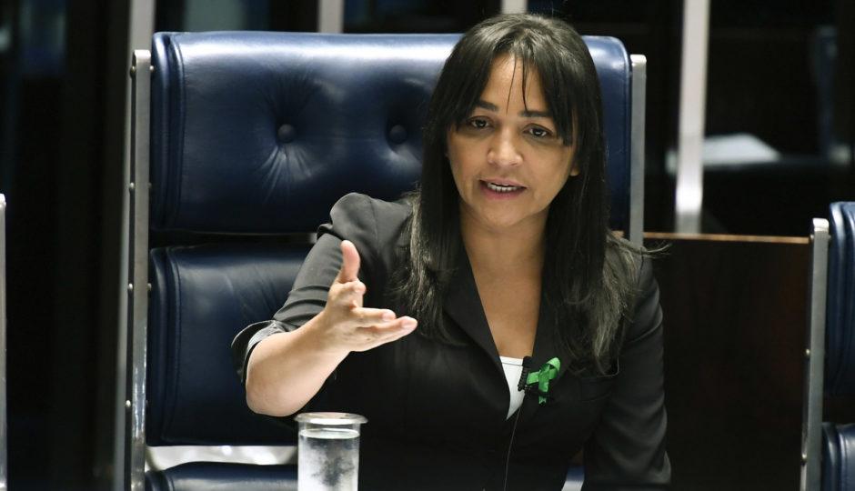 Comissão do Senado aprova proposta de criminalização de caixa dois