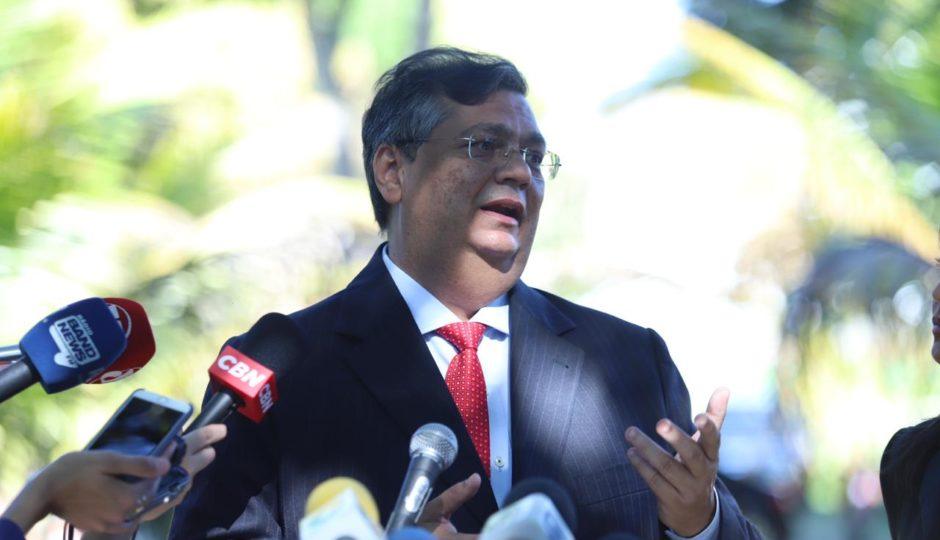 Flávio Dino se oferece para ser conselheiro de Jair Bolsonaro