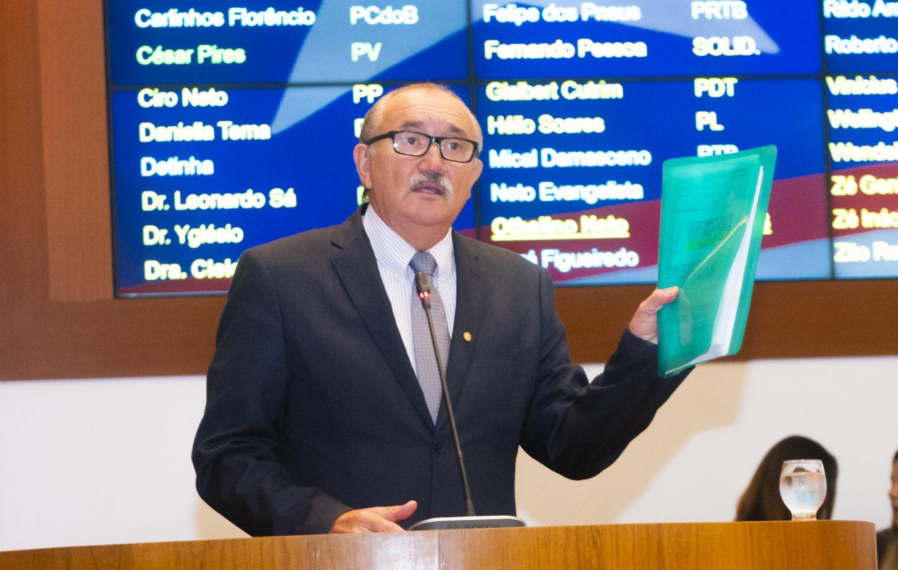 Retirada de recursos pela gestão Dino prejudicou investimentos no Porto do Itaqui