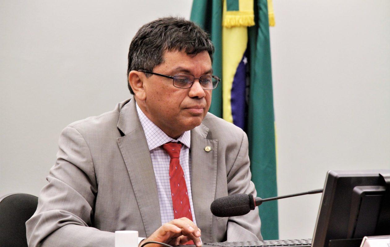 Jerry e outros 10 acionam Bolsonaro no MPF por fala sobre 'governadores de paraíba'