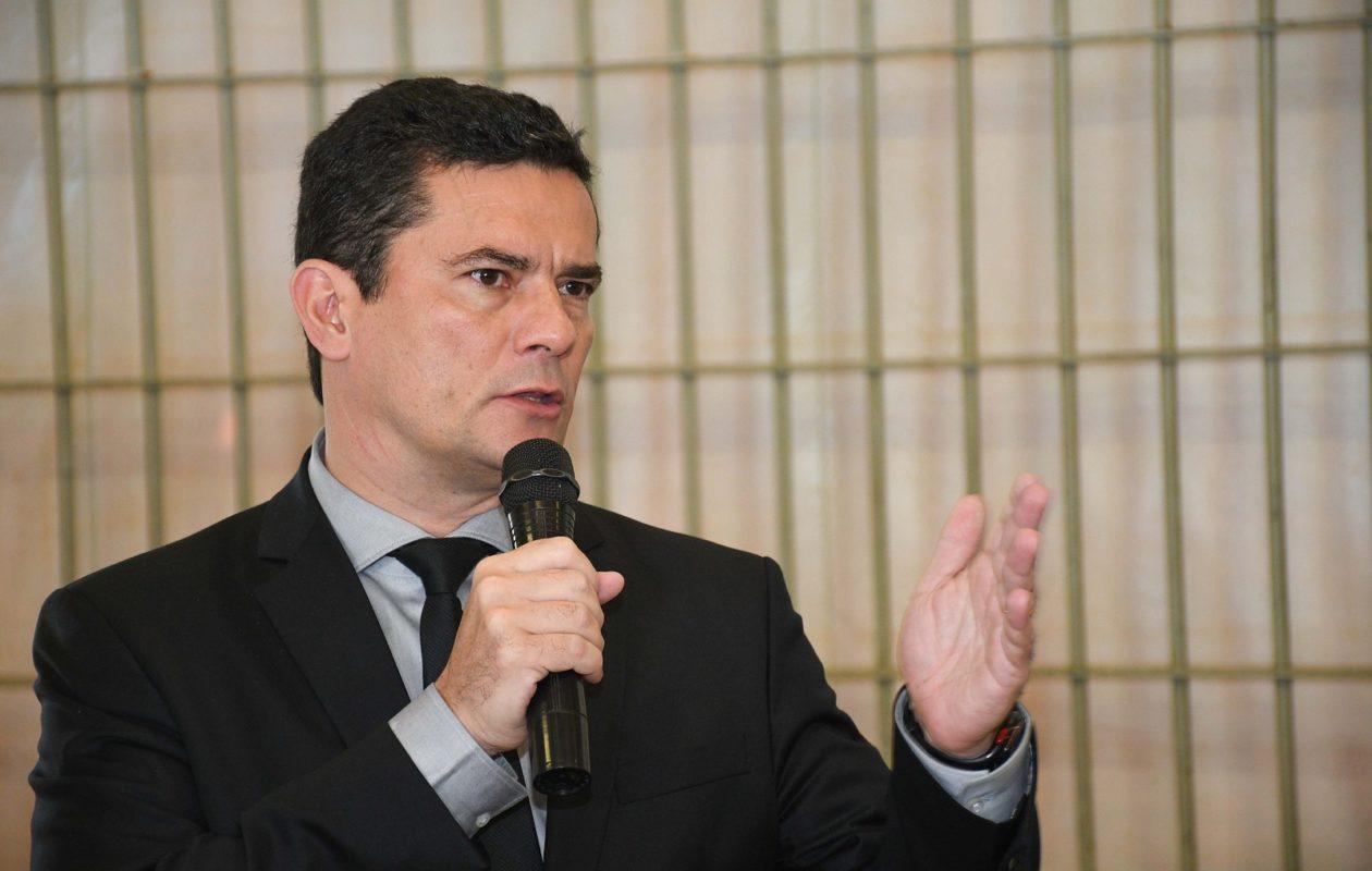 PF faz busca e prende hackers que invadiram celular de Sergio Moro