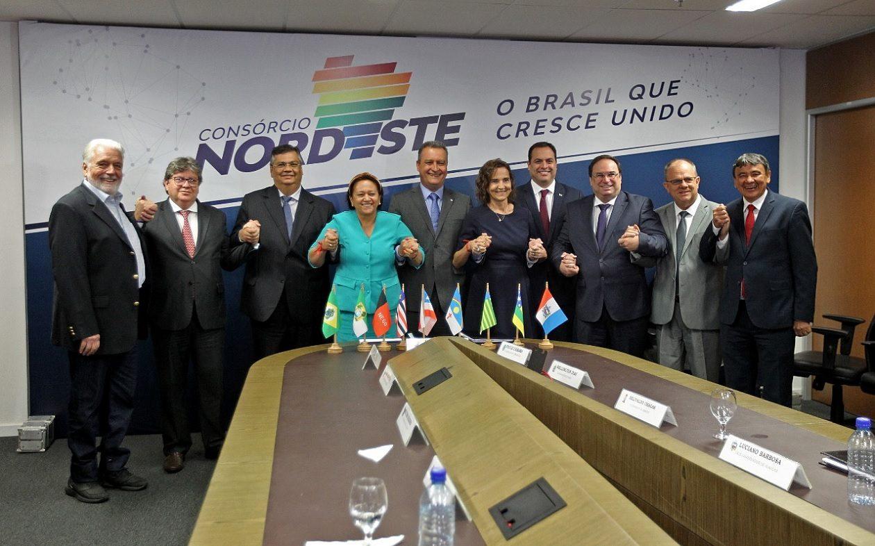 Governadores do Nordeste planejam compras coletivas de insumos de saúde