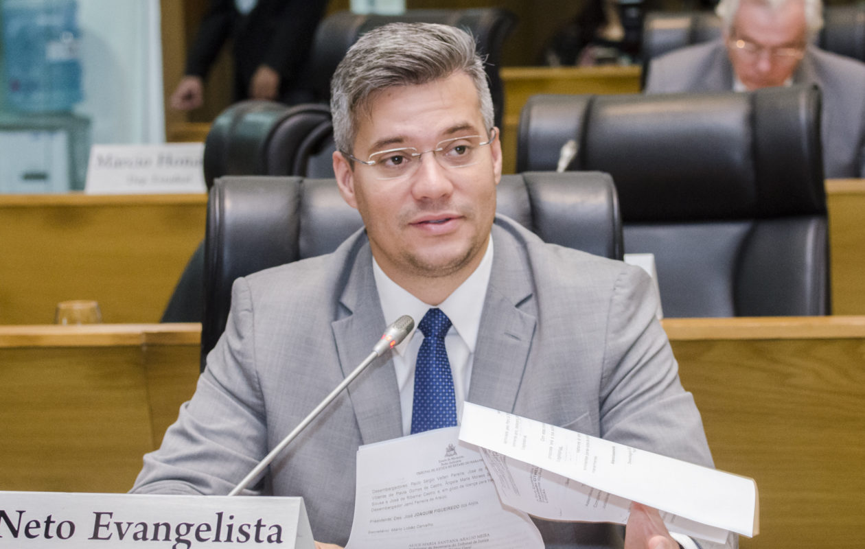 Ações na Justiça contra Duarte e Rubens Júnior podem favorecer Neto Evangelista