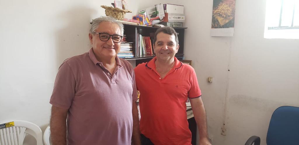 Gonçalo articula pré-candidatura de Coroba para prefeito de Itapecuru-Mirim