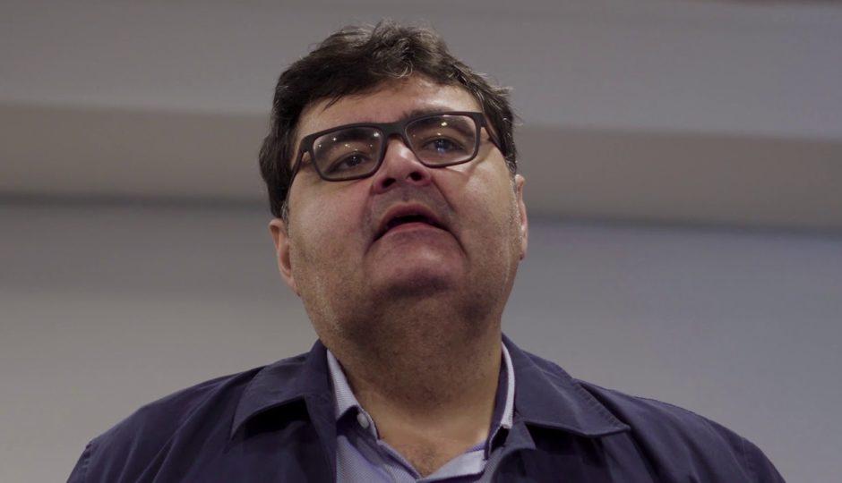 Macieira provoca Roberto Rocha por voto a favor da reforma da Previdência