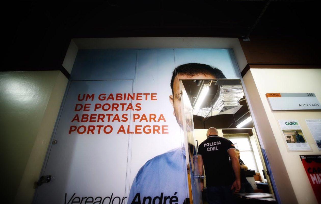 Em Porto Alegre, polícia prende vereador sob acusação de extorsão a assessores
