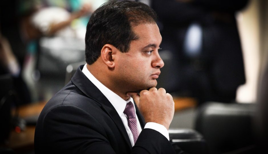 Eventual derrota em São Luís pode minar planos de Weverton para 2022