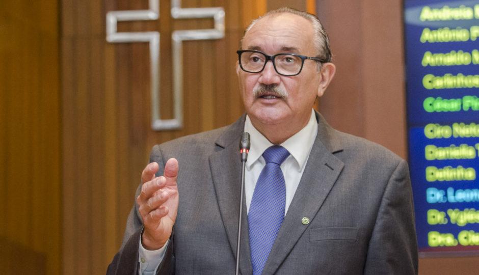 César Pires critica Dino por posição do MA no ranking de competitividade, em 26º